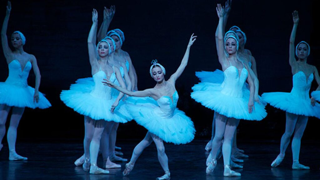 Russian National Ballet | Tchaikovsky Swan Lake